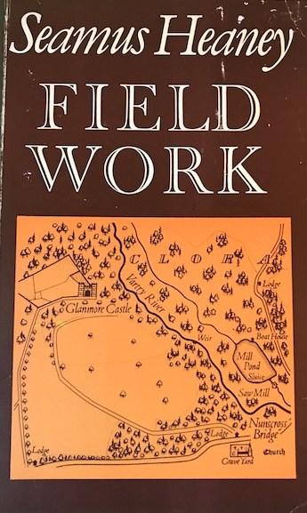 seamus heaney, lavoro sul campo, biblion edizioni, antiniska pozzi, poesia dell'altrove,